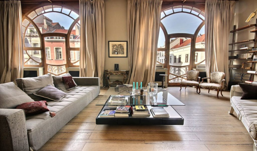 8 reasons to invest in luxury real estate in Paris